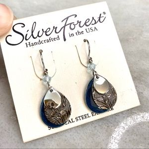 Silver Forest 3 Layer Blue Dangle Earrings NWT
